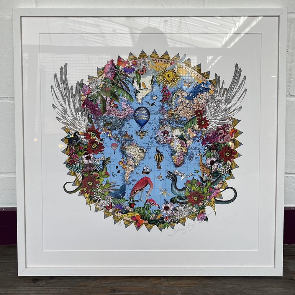 Here Be Dragons - Svifandi Blue World - Art Print - S - Framed