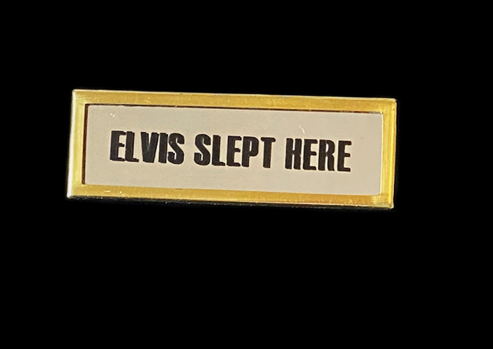Elvis Slept Here Brooch - Gold